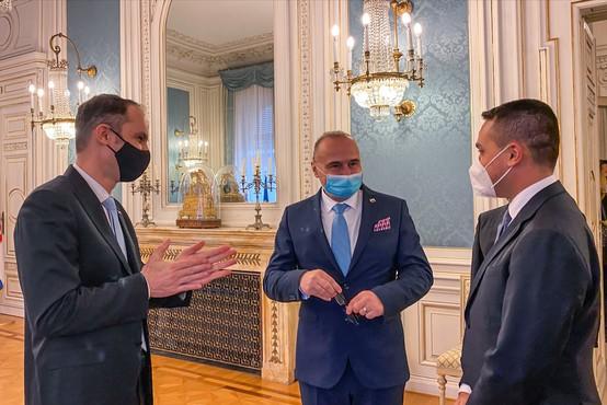 Zunanji ministri Hrvaške, Italije in Slovenije v Trstu uskladili izjavo, a je niso podpisali