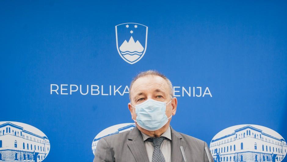 Sedmi protikoronski paket socialno naravnan, namenjen ranljivim skupinam (foto: STA/Nik Jevšnik)