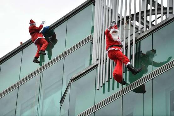 Božički bodo kljub epidemiji spet razveseli male bolnike v pediatrični bolnišnici
