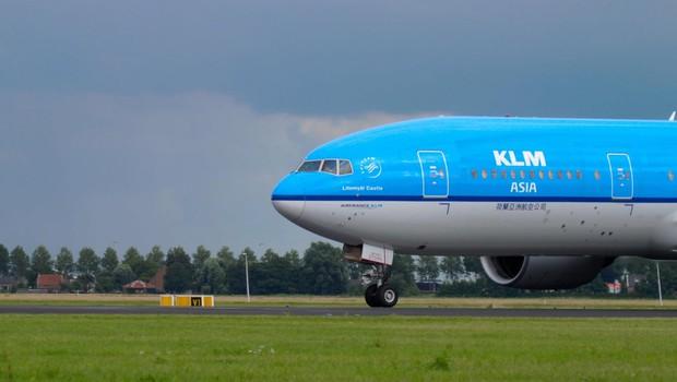 Nizozemska zaradi novega seva koronavirusa prepovedala potniške lete iz Velike Britanije (foto: profimedia)