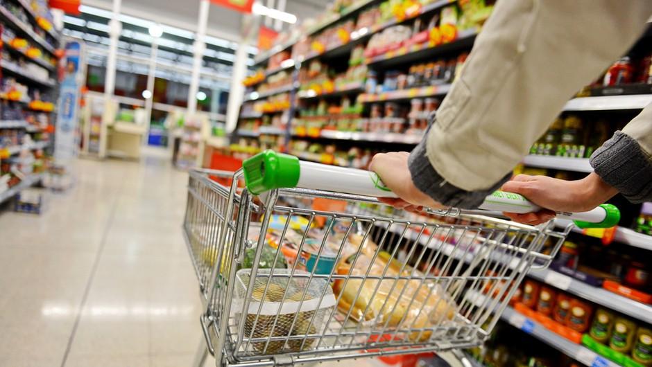 Od četrtka ponovno odprte le trgovine z živili (foto: Shutterstock)
