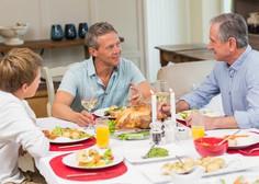 Kako preživeti pogovore s sorodniki, ki verjamejo v teorije zarote