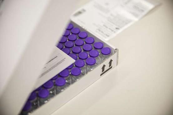 Pfizerjevo cepivo proti covidu-19 že na poti v države EU