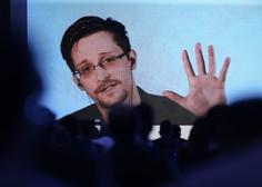 Žvižgač Edward Snowden, ki z ženo živi v Rusiji. je postal očka