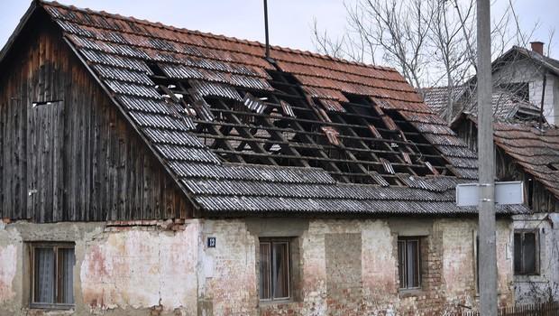 Območje Petrinje stresel zmeren potres, čutili so ga tudi na vzhodu Slovenije (foto: Posledice potresa)