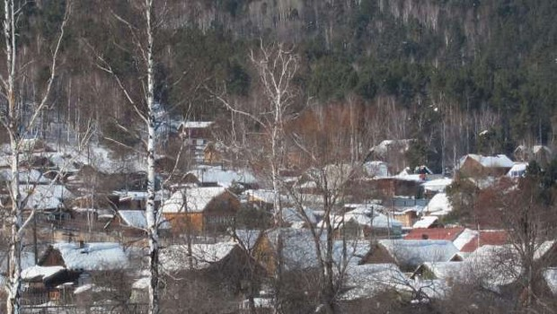 Sibirijo zajele sibirske temperature - minus 49 stopinj Celzija (foto: Xinhua/STA)
