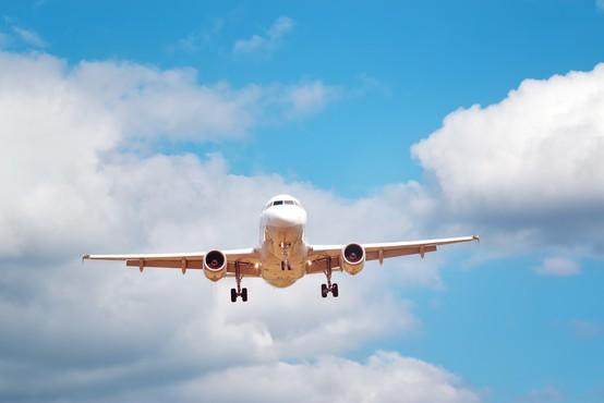 Število žrtev letalskih nesreč kljub upadu letalskega prometa letos večje
