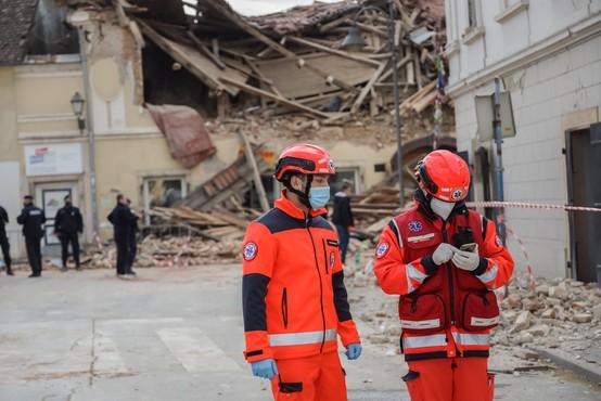 Rdeči križ Slovenije prosi in poziva k pomoči za prizadete ob potresih na Hrvaškem