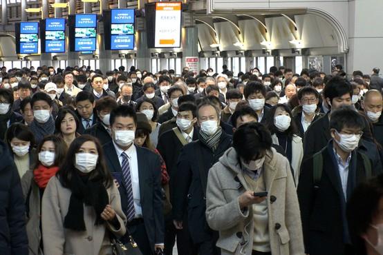 V Tokiu zaradi porasta okužb razmišljajo o ponovni uvedbi izrednih razmer