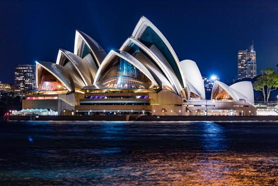 Sydneyjska opera prvič po marcu ponovno odpira svoja vrata