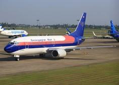 V Indoneziji strmoglavilo letalo z 62 ljudmi na krovu