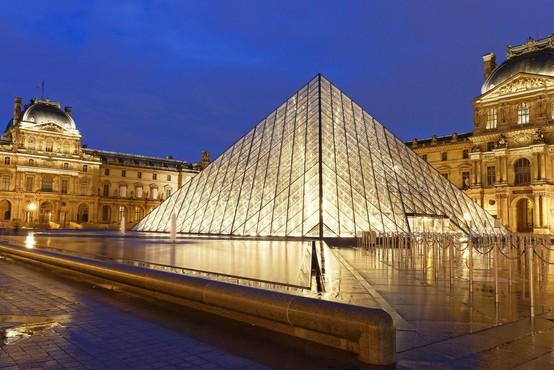 V pariškem muzeju Louvre zaradi epidemije 70 odstotkov manj obiskovalcev