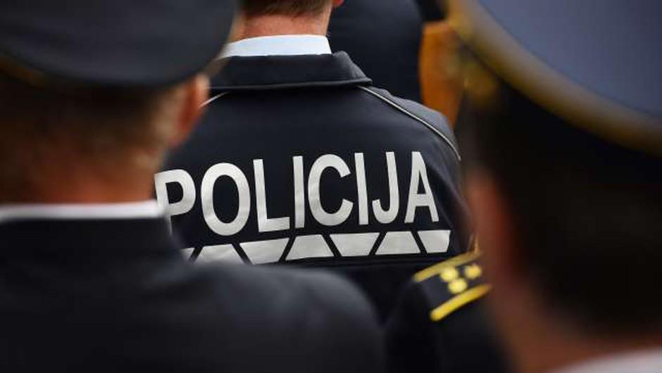 Policijski sindikat razmišlja o tožbi, informacijska pooblaščenka ne vidi kršitev (foto: Tamino Petelinšek/STA)