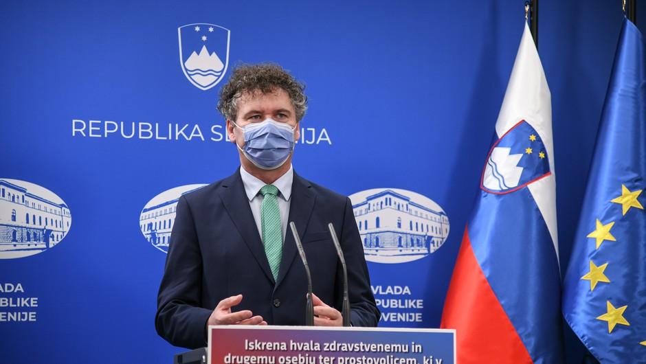 Petrovec: Po ugotovitvah inštituta do konca leta pri nas ni bilo angleške niti južnoafriške različice virusa (foto: Nebojša Tejić/STA)