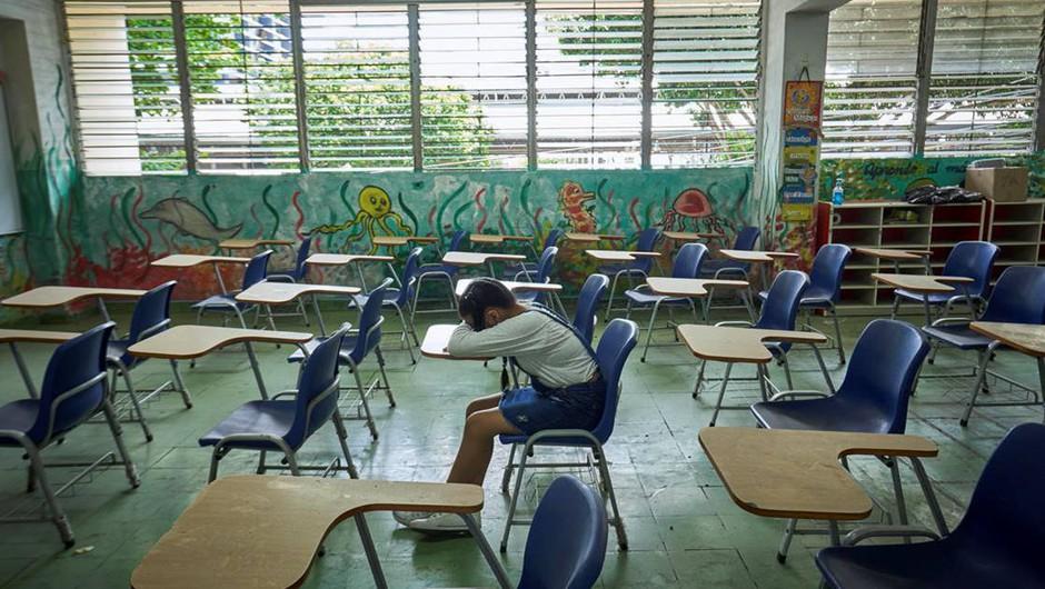 Otroci si ne morejo privoščiti še enega leta šolanja s prekinitvami (foto: UNICEF/Schverdinger)