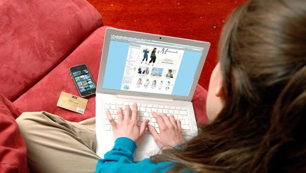 Nakupovanje prek spleta: ključne informacije (zbrali in preverili na ZPS) (foto: profimedia)