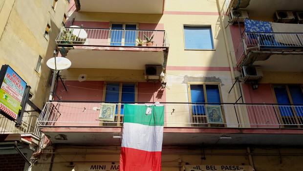 Razpad koalicije v Italiji, kjer razmišljajo o podaljšanju izrednih razmer do julija (foto: Shutterstock)