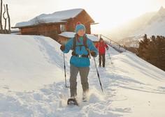 Hit letošnje zime: krpljanje – popoln užitek na snegu, ki je odličen trening za celo telo (+ lokacije po Sloveniji)