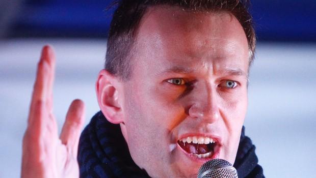 Vodja ruske opozicije Aleksej Navalni se danes vrača v domovino, čeprav mu grozi zapor (foto: profimedia)