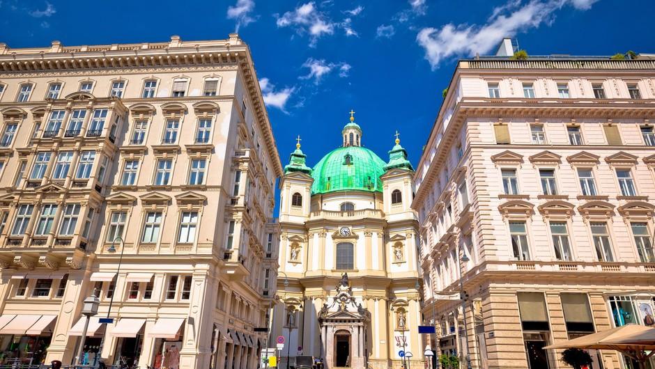 Avstrijska vlada je odločila, da bo javno življenje zaprto najmanj do 7. februarja (foto: profimedia)