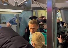 Alekseja Navalnega aretirali, podpornikom preprečili prihod na letališče