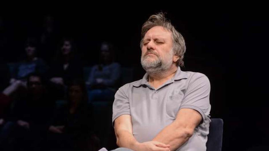 """Slavoj Žižek: """"Cepil se bom takoj, ko bo mogoče. Kot običajen človek. Ker nimam vez, da bi preskočil vrsto!"""" (foto: Nebojša Tejić/STA)"""