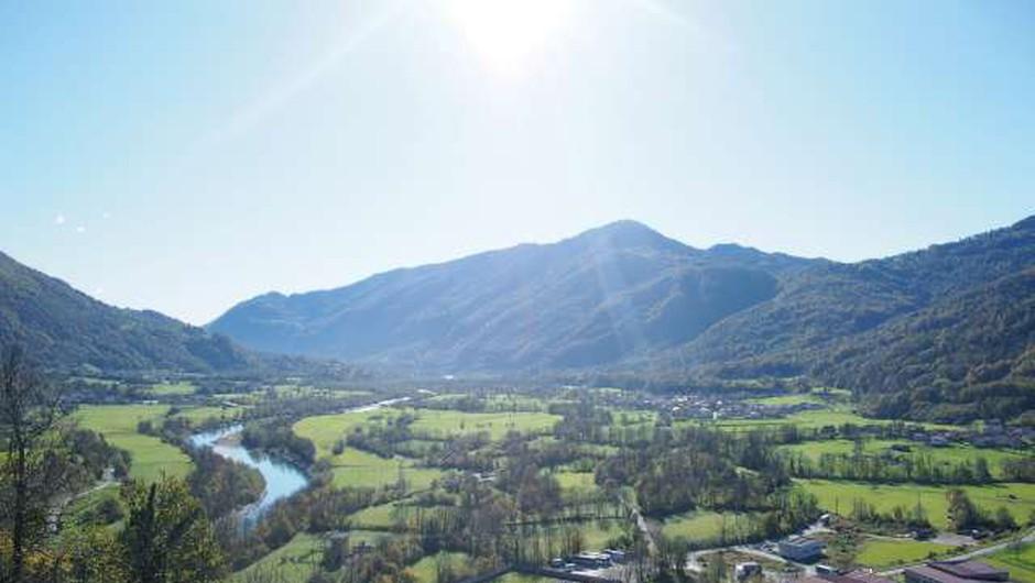 Med kandidati za najboljšo evropsko destinacijo tudi dolina Soče (foto: Lea Udovč/STA)