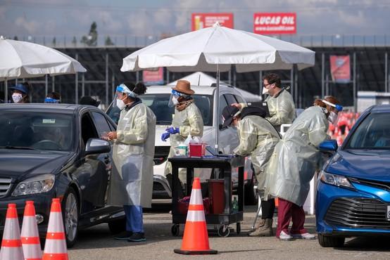 Epidemiološka slika v ZDA še vedno resna, čeprav se številke nekoliko umirjajo