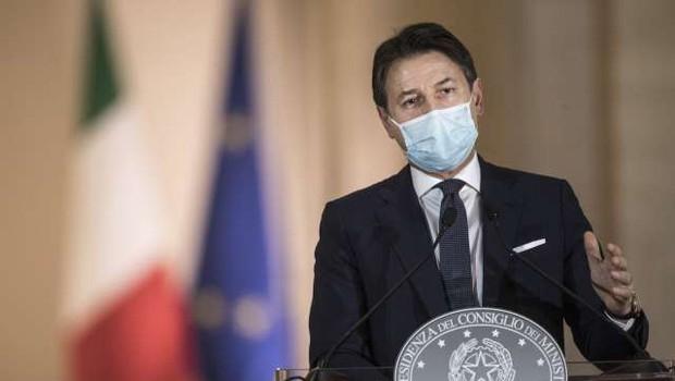 Italijanski premier Conte odstopil (foto: Xinhua/STA)