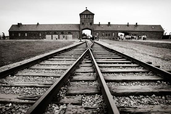 V Muzeju novejše zgodovine Slovenije razstava o slovenskih žrtvah Auschwitza