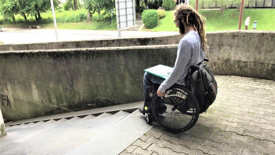 Cilj projekta Omogočanje multimodalne mobilnosti oseb z različnimi oviranostmi  je vpeljava standardiziranega sistema podatkov za omogočanje fizične in digitalne oziroma spletne dostopnosti ranljivih skupin. (foto: arhiv GIS)