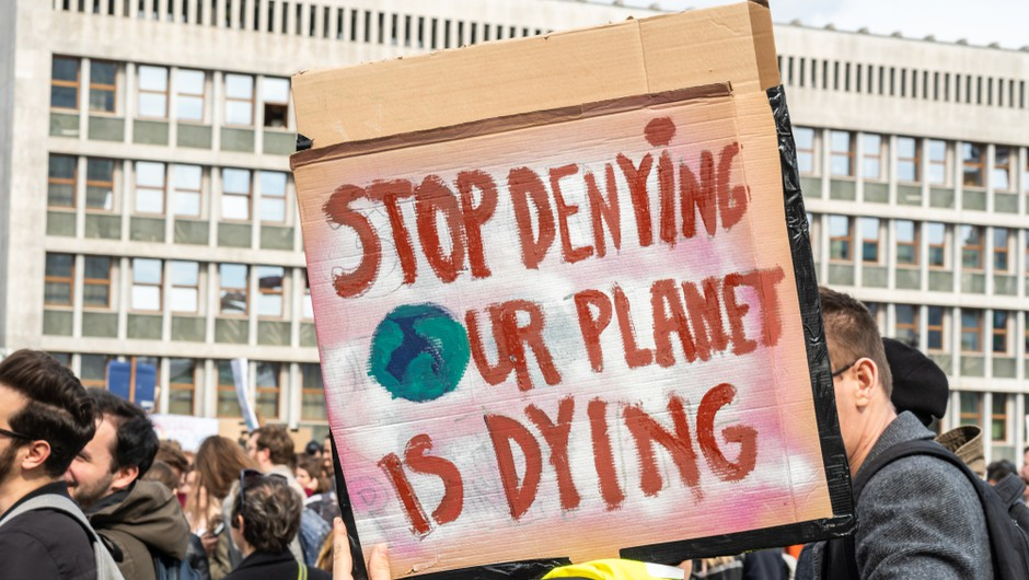 Ljudje za odločnejši spopad s podnebno krizo, je pokazala največja tovrstna raziskava do zdaj (foto: Shutterstock)