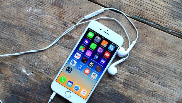 Apple poziva, da nemudoma poženete posodobitev na svojem iPhonu (foto: Shutterstock)