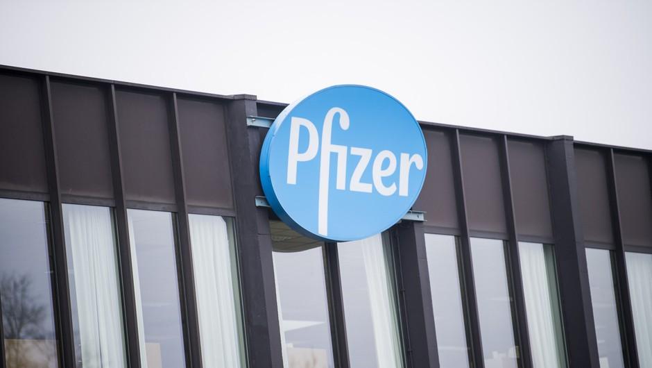 Pfizer in BioNTech svoje cepivo ocenjujeta kot učinkovito proti novim različicam koronavirusa (foto: Profimedia)