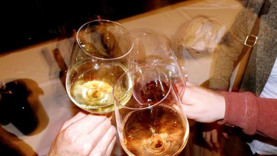 Prebivalec Slovenije v minulem letu v povprečju spil manj vina (foto: Daniel Novakovič/STA)
