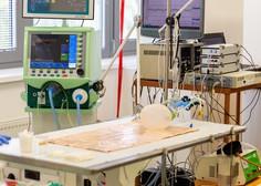 Na sodišču v BIH četverica, osumljena nepravilnosti pri nakupu medicinskih ventilatorjev