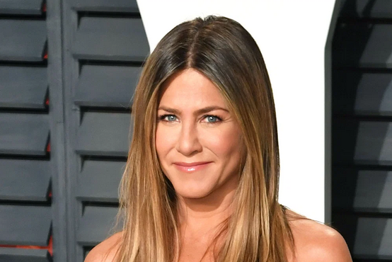 Najbolj znana prijateljica Jennifer Aniston ima novo pričesko, popolno za prihajajočo pomlad