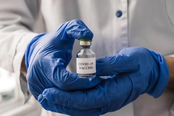 Nemčija bo za nespoštovanje dogovora pri nabavi cepiva pravico iskala na sodišču
