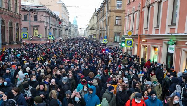Ruske oblasti so se lotile protestnikov z zaporami in aretacijami (foto: profimedia)