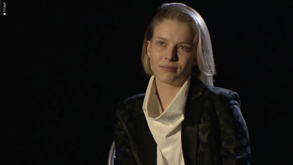 Igralka razkrila spolno nadlegovanje na AGRFT s strani znanega igralca in profesorja igre (foto: TV Slovenija/posnetek zaslona)