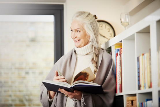 Zakaj nas je strah staranja? (o stereotipih in starizmih po Johnu Robbinsu)