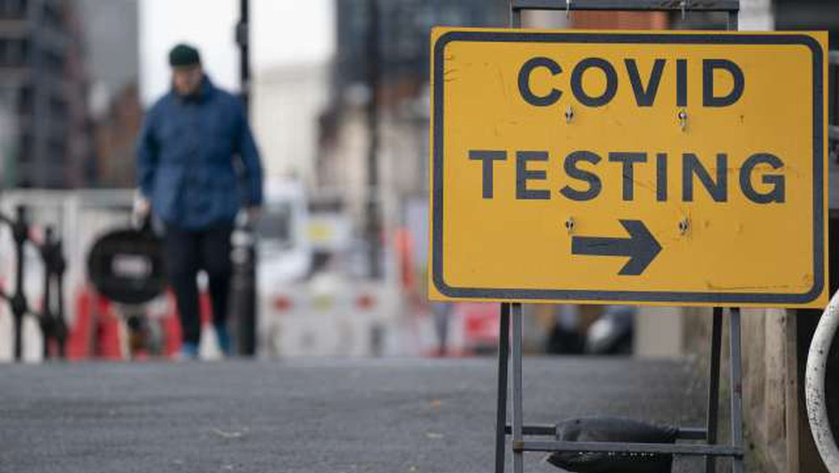 "V Veliki Britaniji začenjajo množično testiranje ""od vrat do vrat"" (foto: Xinhua/STA)"