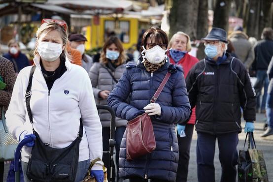 Dva scenarija nadaljevanja epidemije pri nas: ali nas marca čaka poslabšanje, ali pa do maja vse skupaj izzveni