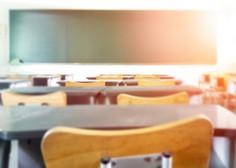 Na ponedeljkovem testiranju v Kranju pozitivnih kar 13,3 odstotka testiranih šolnikov