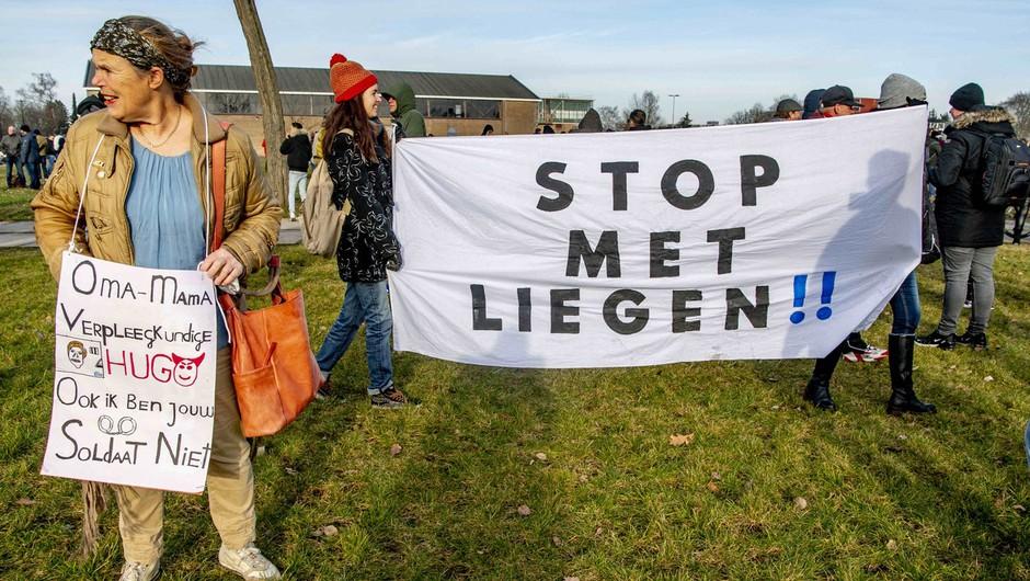 Po državi že več tednov potekajo protesti proti strogim ukrepom vlade. (foto: Profimedia)