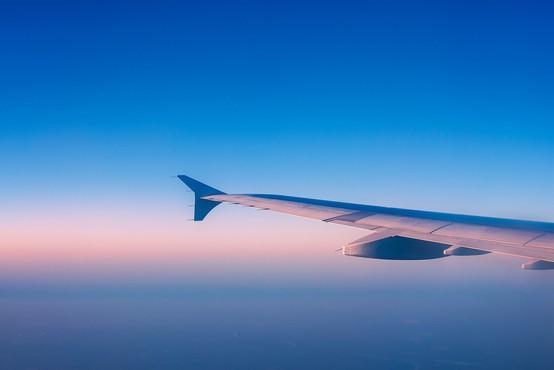 Število letalskih potnikov lani upadlo za 66 odstotkov