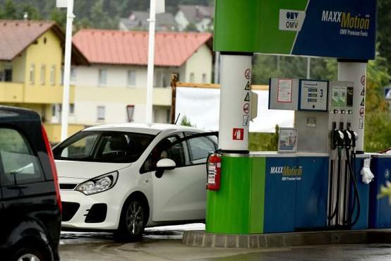 OMV v prodajo 120 bencinskih servisov v Slovenji