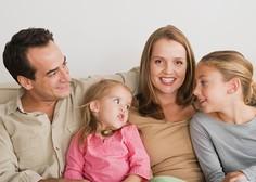 Lani večji delež gospodinjstev, ki s svojimi dohodki brez težav preživijo mesec