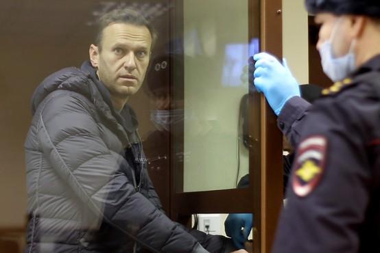 Nov sodni proces proti Alekseju Navalnemu, tokrat zaradi obrekovanja
