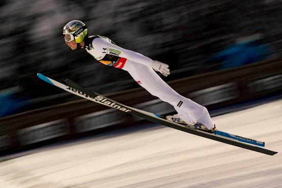 Prve stopničke svetovnega pokala za smučarskega skakalca Bora Pavlovčiča